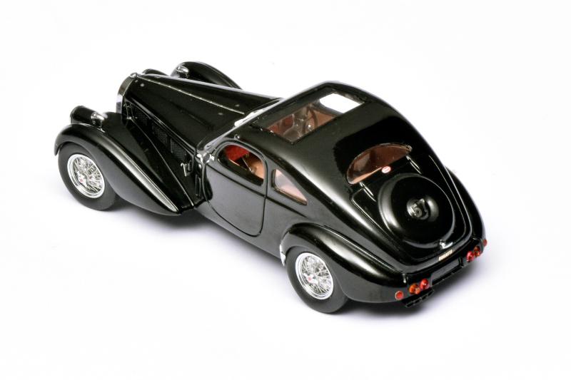 Prachtige Bugatti van Matrix Scale Models