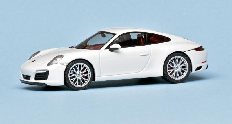 143 Herpa Porsche 991 Carrera 4S