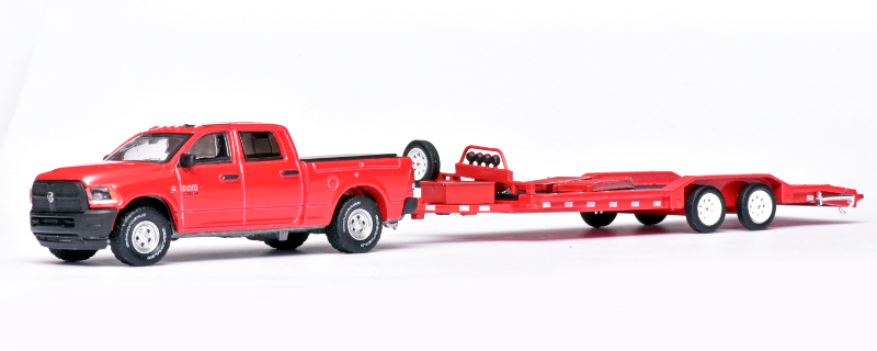 164 Greenlight Dodge Ram (2016) met autoambulance
