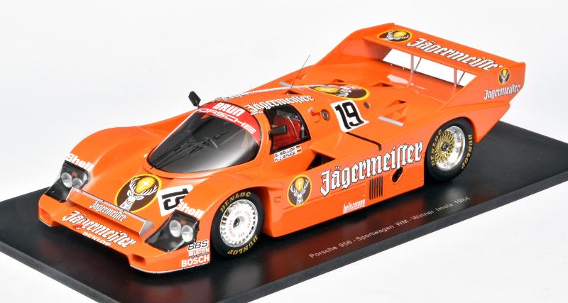 Spark's Porsche 956 in Jägermeister-kleuren