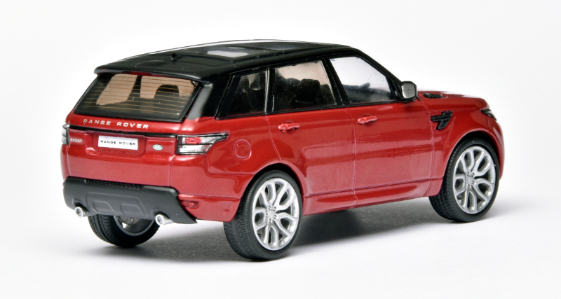143 WhiteBox Range Rover Sport achter