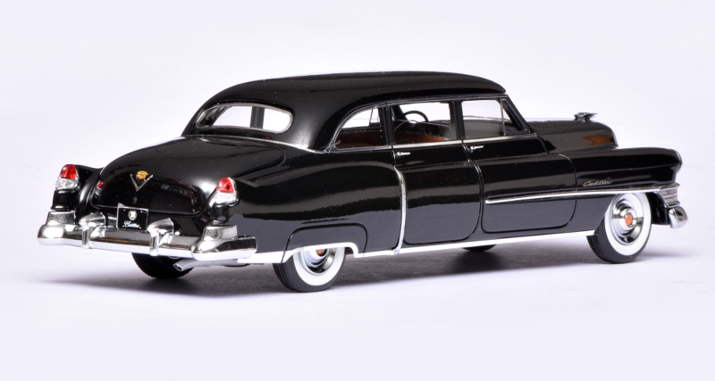 143 GLM Cadillac Fleetwood Series 75 (1951) achter