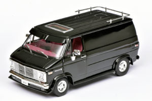 Chevy Van in 1:18