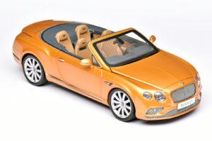 Open Bentley in 1:18