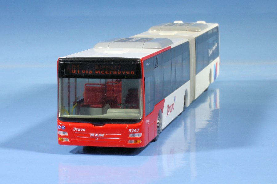 De bus naar het vliegveld