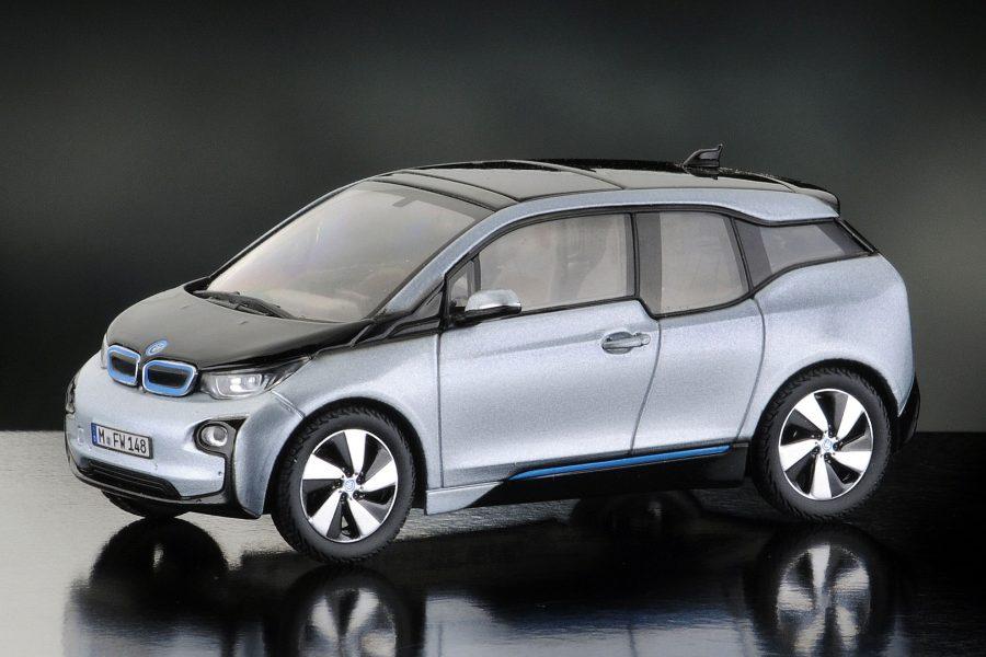 Eerste BMW i model